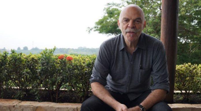 """Martín Caparrós é o autor de """"A quem de direito"""""""