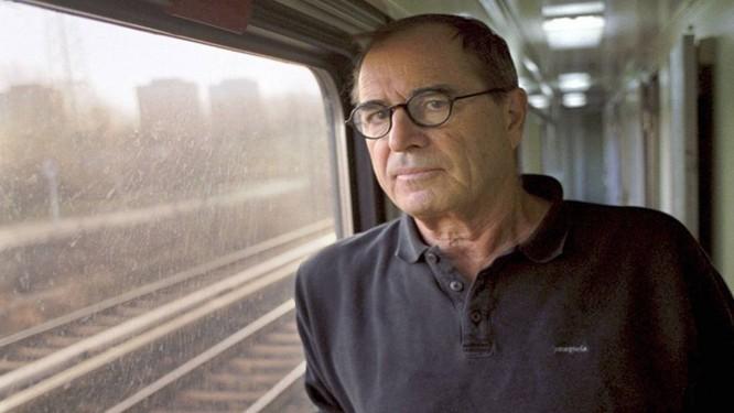 Paul Theroux, autor de relatos de viagem