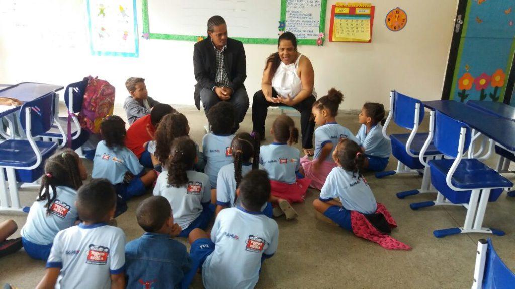 Crianças são atendidas em tempo integral na escola das Obras Sociais Irnã Dulce