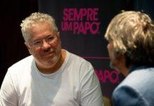 O jornalista Afonso Borges, idealizador do projeto Sempre Um Papo. foto - Reprodução Facebook